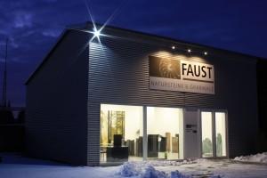Faust_Natursteine_Innenausstellung_Petersberg_02